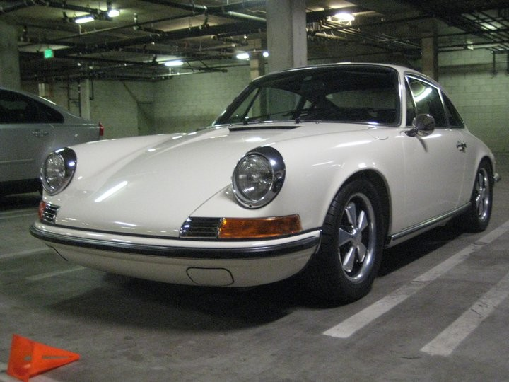 1969 911S after receiving a TLG restoration