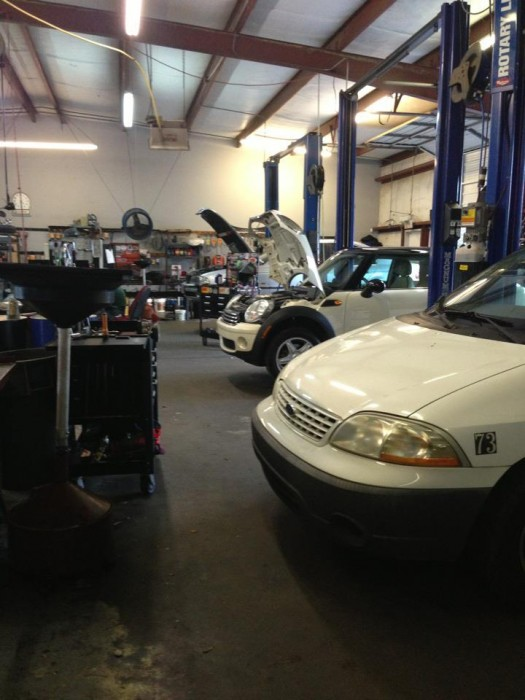 Mercedes benz repair by brown motor works irmo in for Mercedes benz mechanic houston