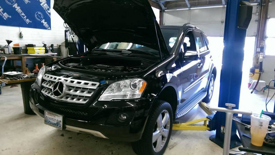 mercedes benz repair by seattle german auto center in seattle wa benzshops. Black Bedroom Furniture Sets. Home Design Ideas
