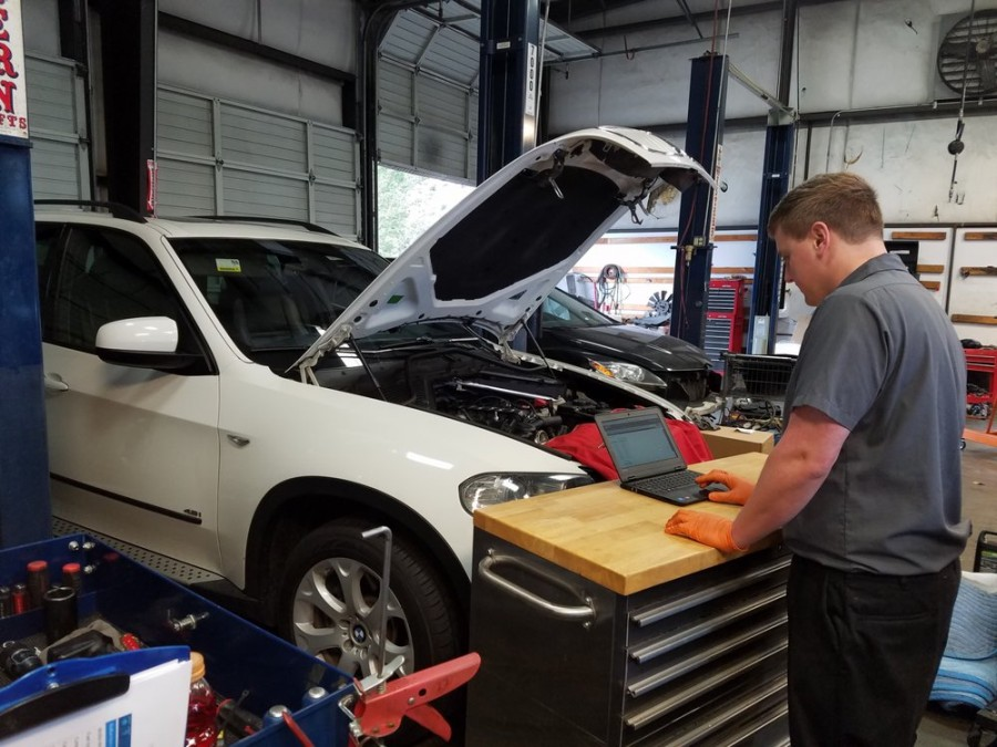 Audi Repair by Elite Auto Care - Everett in Everett, WA ...