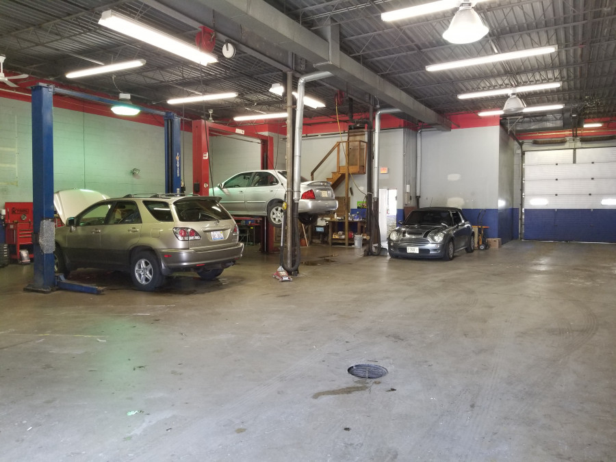 Mercedes benz repair by olympia auto in chicago il for Mercedes benz repair chicago