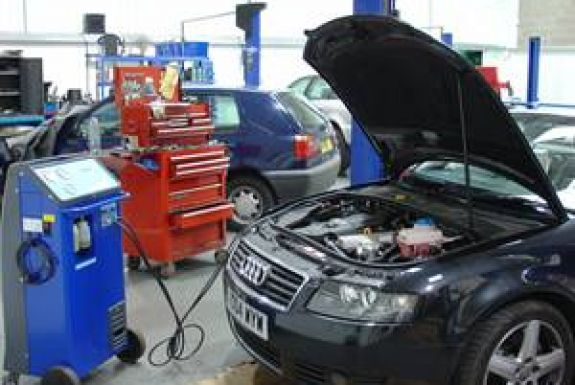 Audi Repair Shops In 04043 Independent Audi Service In 04043