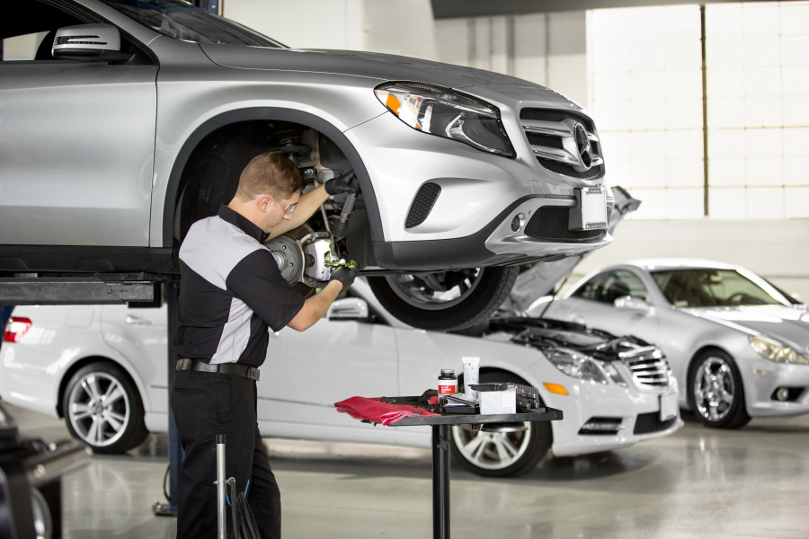 We specialize in all Mercedes-Benz models.