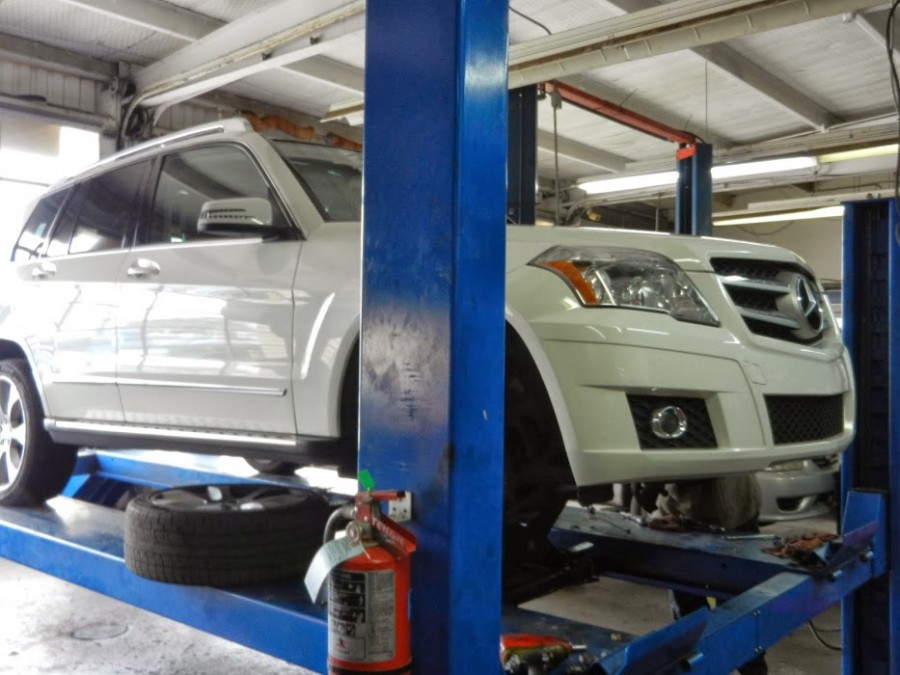 Mercedes benz repair by spring branch complete auto repair for Mercedes benz repair houston