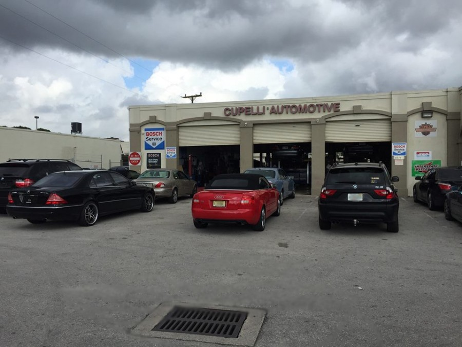 Mercedes benz repair by cupelli automotive in lake worth for Mercedes benz repair shops