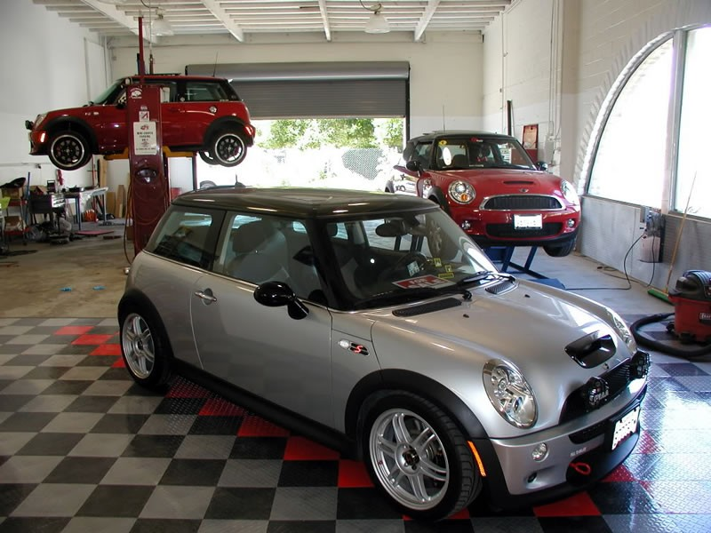 mini cooper repair by motoring magic in thousand oaks ca minirepairshops. Black Bedroom Furniture Sets. Home Design Ideas