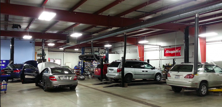 Mercedes benz repair by sjm autowerks in crystal lake il for Mercedes benz car shop