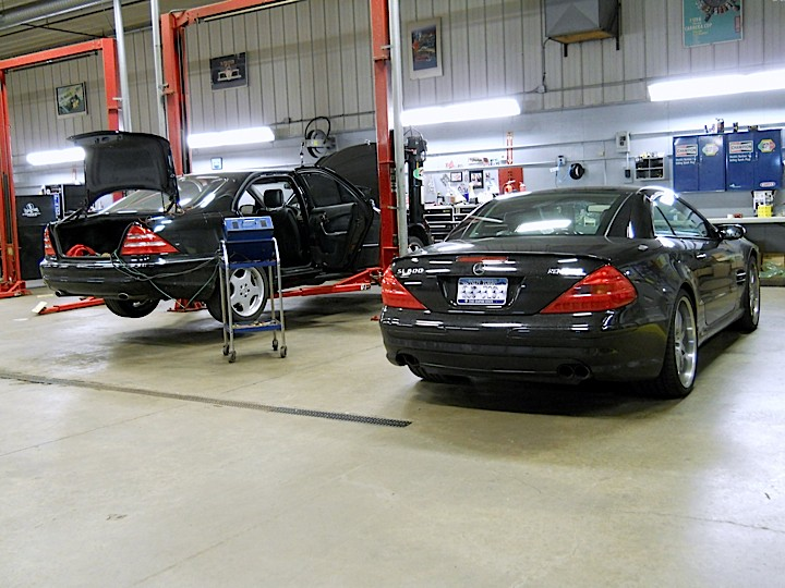 mercedes benz repair by cantech automotive in n syracuse. Black Bedroom Furniture Sets. Home Design Ideas