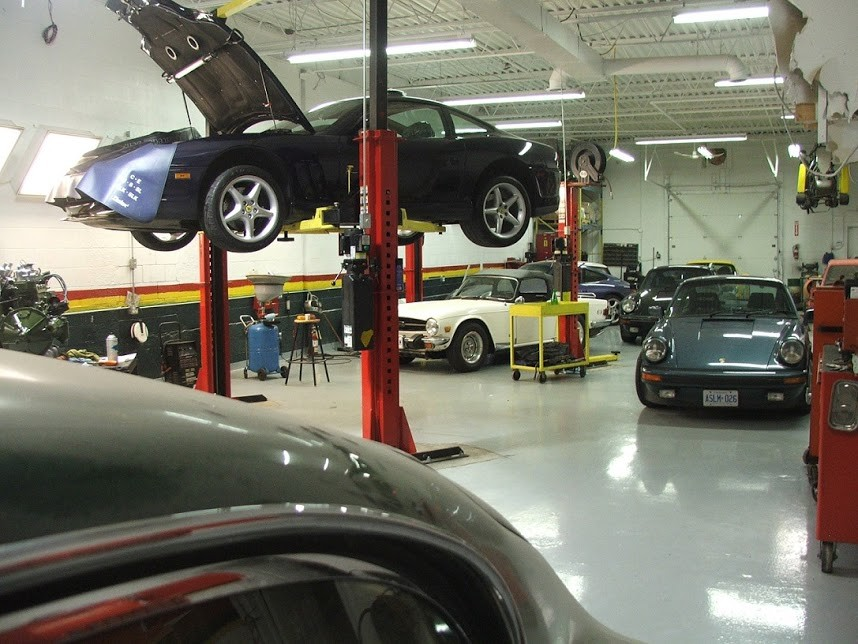 Mercedes benz repair by keltech performance in markham on for Mercedes benz repair shops