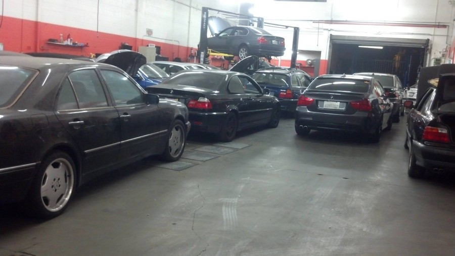 Mini cooper repair by ikonic auto garage the bmw specialists in hours of operation solutioingenieria Gallery