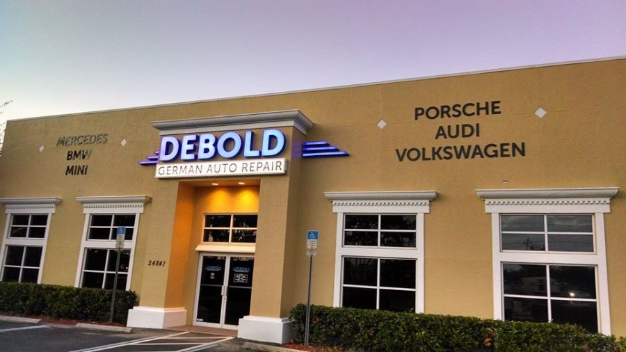 Mercedes benz repair by debold automotive naples in for Naples florida mercedes benz dealers