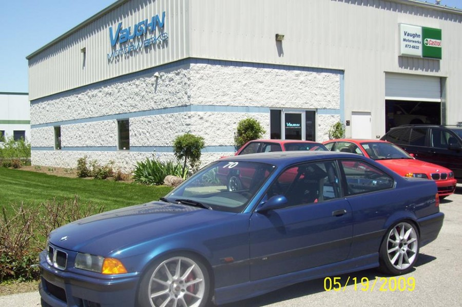 Mercedes benz repair by vaughn motorwerks in zionsville for Mercedes benz mechanic miami