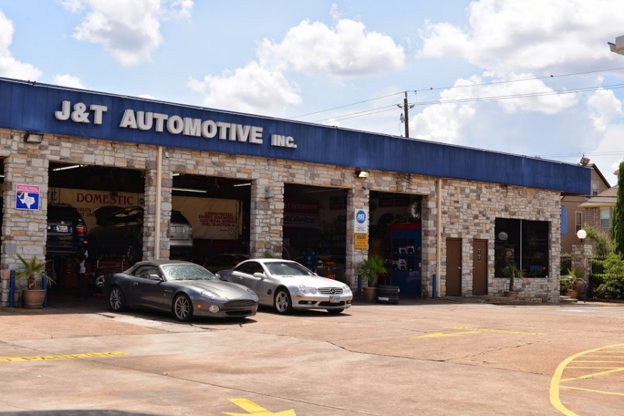 Mercedes benz repair by j t automotive in houston tx for Mercedes benz dealers houston